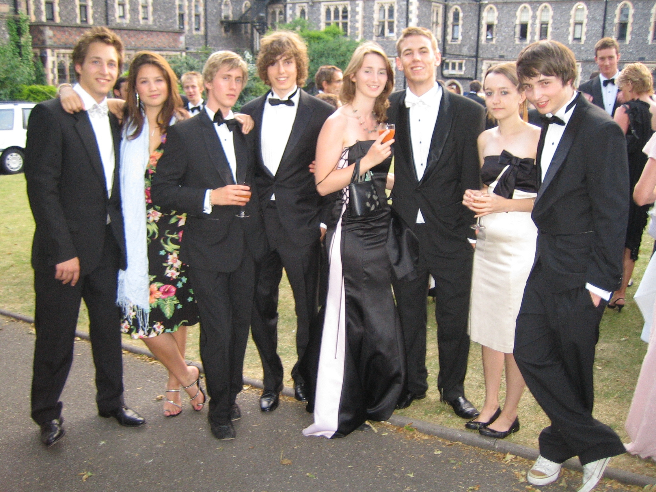 Adam Johnson (L. 2001-06), Vicky Raymond (W.), Edward Bamford (R. 2001-06), James Hacking (R. 2001-06), Charlotte Hutchinson (W. 2004-06), Daniel Smith (A. 2001-06), Sophie Gwynne and Alasdair Lampon-Monk (D. 2001-06)