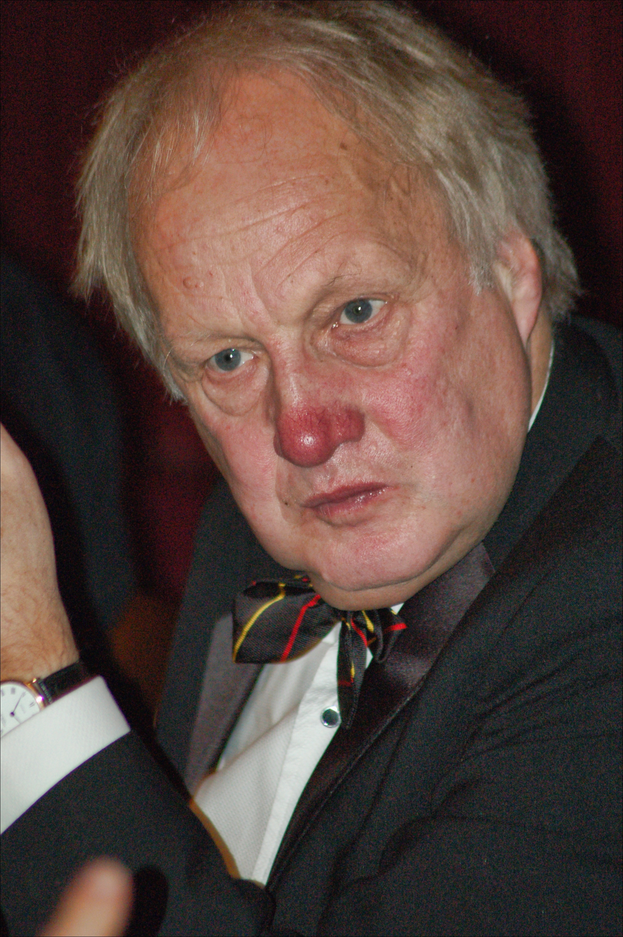 President of the OBA, Tony Whitestone (ex staff, 1971-2006) at the 2009 Annual Dinner