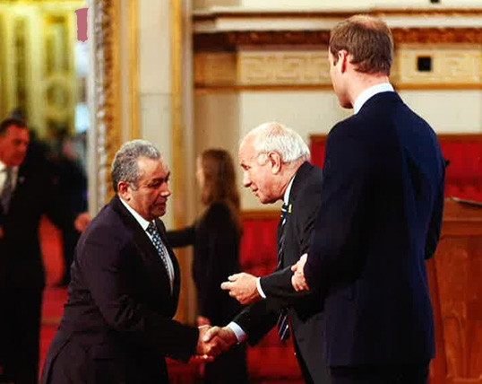 Paul Samrah (L. 1972-77) receives award from the FA chairman, Greg Dyke as HRH The Duke of Cambridge looks on