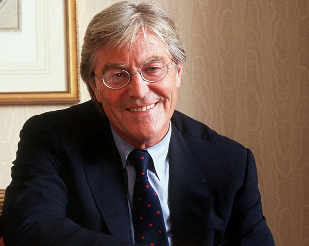Peter Mayle (H. 1952-56)